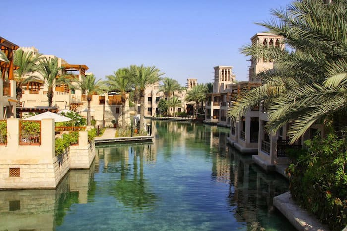 Dubai beach hotels best hotels on near close to the beach for Top ten hotels in dubai