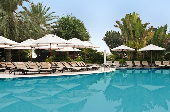 The Ultimate Top 5 Dubai Hotel Pools - The Very Best Swimming Pools in the UAE - The Hilton